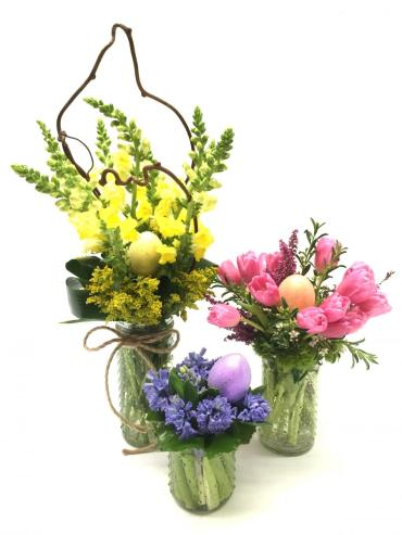 Easter Hunt - Trio Bouquets